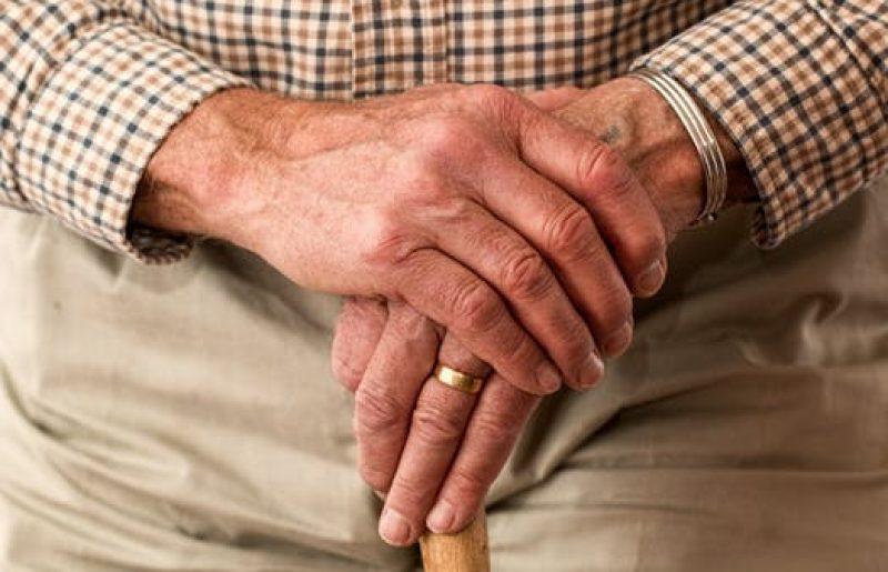 """מה בתוכנית """"מגן אבות ואמהות"""" של משרד הבריאות וכיצד מגינה על הקשישים בזמן קורונה?"""
